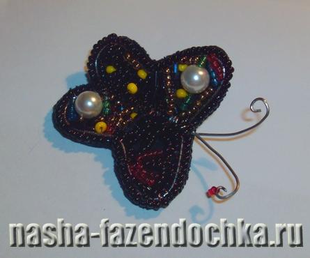 Красивая бабочка из бисера