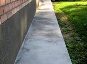 Как самостоятельно сделать бетонную отмостку